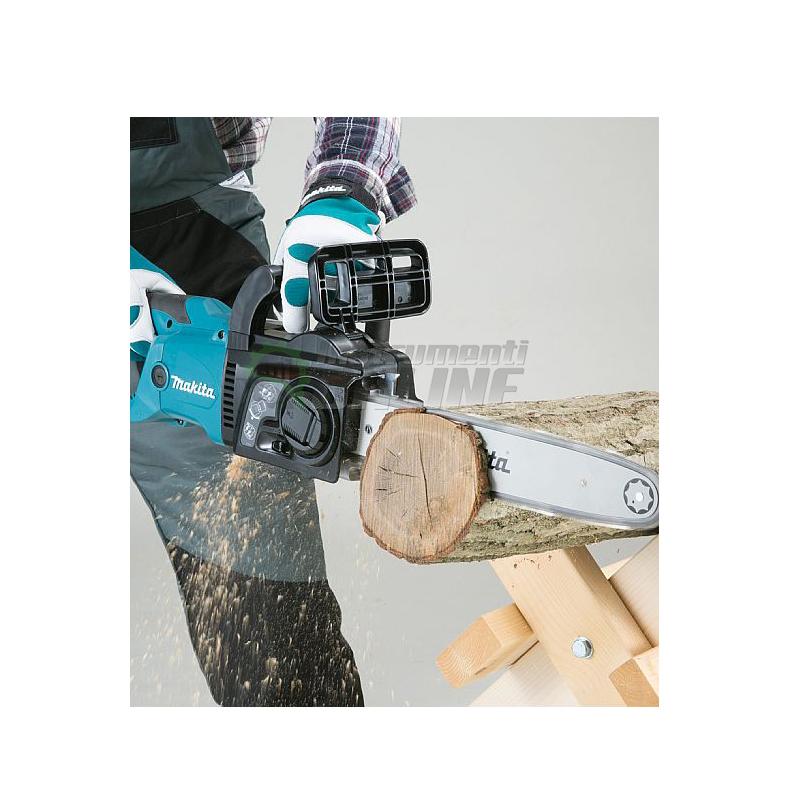 Електрически верижен трион / 2000 W, 450 мм / UC4551A Makita